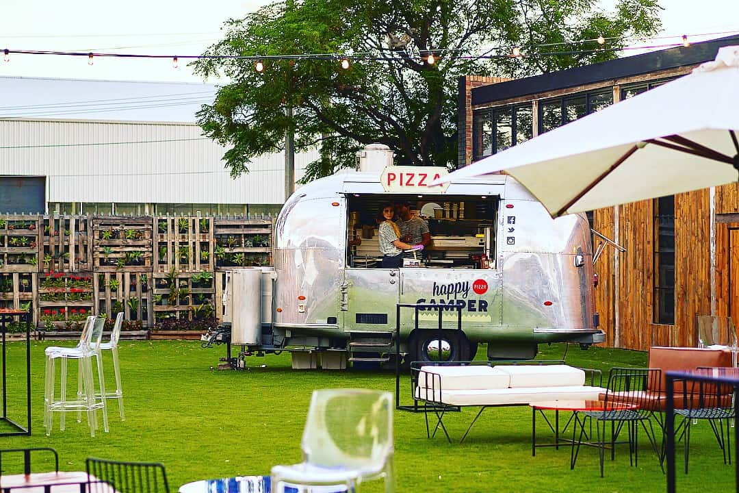 the-timber-yard-melbourne-event-space-the-yard-food-truck